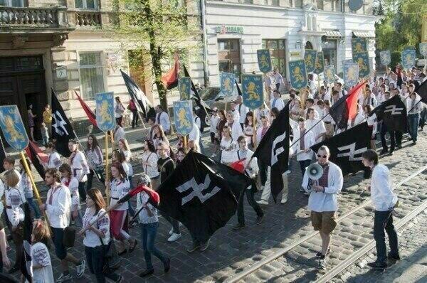 http://nwodissident.com/wordpress/wp-content/uploads/2014/05/Galicia-Waffen-SS-Insignia-and-Wolfsangel-Bmaf1m_CUAAAkBM.jpglarge.jpeg